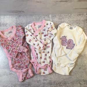 Other - Infant hand mitten long sleeved Onesies